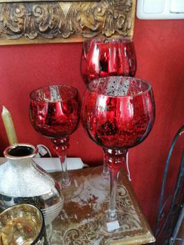 Glaswindlichter silber/rot  (hier im Bild mittig hinten die große Variante)