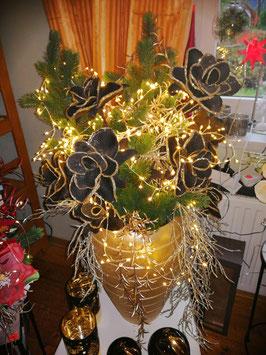 künstliches Weihnachtsgesteckk, künstlicher Weihnachtsstrauß