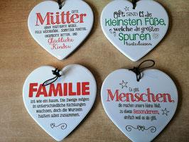 """Spruchherz """"Mütter .... glückliche Kinder"""" in glasierter Keramik"""