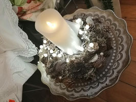 Weihnachtsschale/Winterschale Natur mit Lichterkette und LED-Kerze