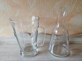"""Wasserkrug """"Biene"""" klar - ca. 1 Liter - hier im Bild links"""