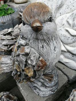 Steinvogel grau für den Gartenbereich