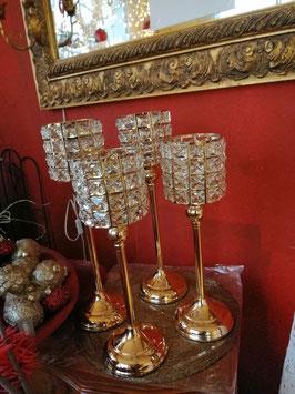 Teelichtleuchter gold (hier im Bild rechts die große Variante)