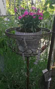 Gartenstecker Korb kleine  Variante für den Außenbereich