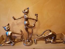 """Katzen """"Yoga"""" silberfarben (hier im Bild mittig)"""