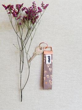 Schlüsselanhänger aus Leder,herzen/ braun/kupfer