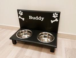 Hundefutterbar mit 2 Näpfen, schwarz, 2 x 750 ml, Pfoten + Knochen + Name