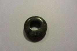 Serpentin Donut  Anhänger gebohrt  15 mm Durchmesser
