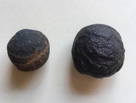 Moqiu Marbles Paar -  Größeweiblich ca. 34mm Durchmesser, männlich ca. 43 x 35 mm, Gewicht 71 Gramm - Utah USA