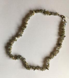 Labradorit Splitterkette  49 cm lang mit silberfarbigem Karabinerverschluss