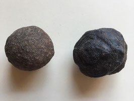 Moqiu Marbles Paar -  Größeweiblich  40 mm Durchmesser, männlich  49 x 40 mm, Gewicht 125 - Utah USA