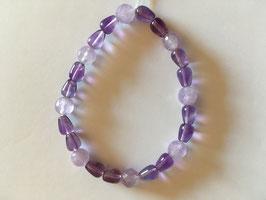 Amethyst Perlen fasc. und Tropfen  elastisch  19 cm