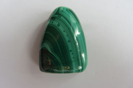 Malachit Anhänger grün stabilisiert  31 x 21 mm
