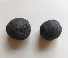 Moqiu Marbles Paar -  Größeweiblich ca. 34mm Durchmesser, männlich  37 x 27 mm, Gewicht 72 Gramm - Utah USA