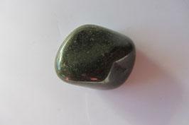 Jaspis grün Trommelstein 31 x 23 mm