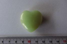 China Jade Herz  Anhänger bauchig - gebohrt 27 x  27 x 9 mm