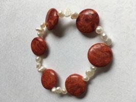 Schaumkorallen mit Süßwasserperlen  Armband Taler 15 mm Durchmesser und Süßwasserperlen 6 mm , elastisch Stretchband 19 cm lang