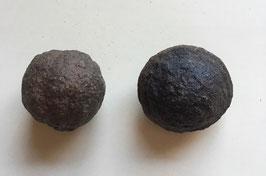 Moqiu Marbles Paar -  Größeweiblich  30 mm Durchmesser, männlich  38 x 30 mm, Gewicht 66 Gramm - Utah USA