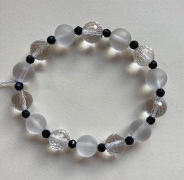 Bergkristall Kugelarmband 10 mm Durchmesser, klar mit Facetten, milchig glatt,  Onyx Perlen Facette 4 mm, Länge  19 cm  elastisch