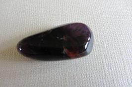 Amethyst mit Goethit Trommelstein 28 x 16 mm