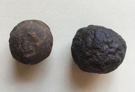 Moqiu Marbles Paar -  Größeweiblich  30 mm Durchmesser, männlich  34 x 28 mm, Gewicht 67 - Utah USA