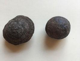 Moqiu Marbles Paar -  Größeweiblich  30 mm Durchmesser, männlich  41 x 30 mm, Gewicht 65 Gramm - Utah USA