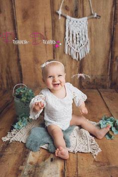 weißer Spitzen Romper weiß Sitter 9-15 Monate