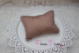 Pillow braun weiß gepünktet mit Rüschen