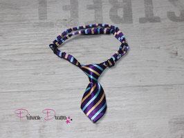 Mini Krawatte lila/blau/braun gestreift 10x5cm