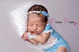 Set: Pillow weiß mit Blaue Herze & Haarband Blume Blau