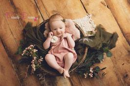 Romper beige/altrosa Sitter 9-12 Monate