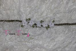 HB686 Häkelband Blume weiß grün