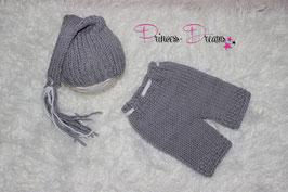 Strick set grau/weiß Fransen Zipfelmütze