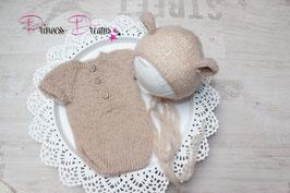 Strick Set: kurzarm Body beige & Ohren Mütze