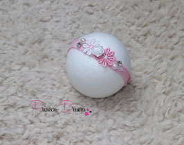 SHB Blume weiß mit Glitzerstein & Perlen