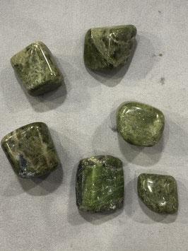 Epidoto - pietra burattata