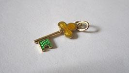 Ciondolo chiave in oro smaltato