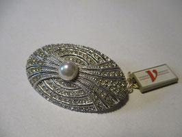 Elegante spilla in argento di forma ovale