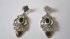 Orecchini stile antico in argento con onice nera