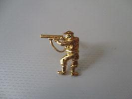 Mini spilla in oro Cacciatore