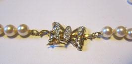Collana perle con fermaglio farfalla Mod.2
