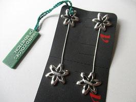 Orecchini con pendenti a fiore by Benetton