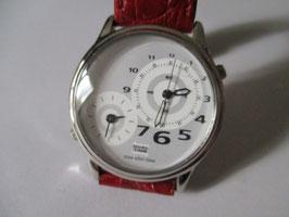 Orologio Dual Time al quarzo. Doppio orologio nello stesso quadrante