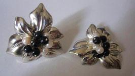 Orecchini in argento e perline