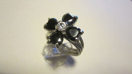 Anello fiore in onice nera AN22