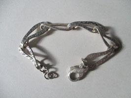 Bracciale in argento realizzato a mano