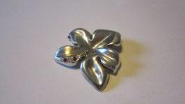 Ciondolo in argento realizzato a mano con zirconi e rubini