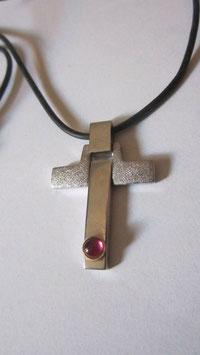 Croce Morellato con topazio