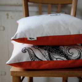 Housse de coussin poulpe dos orange (40x40cm)