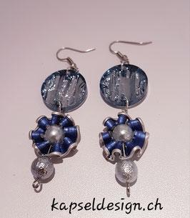 Ohrschmuck mit acryl Perlen und Kapseln